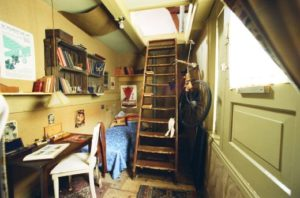 anne-frank-house-inside-stairs
